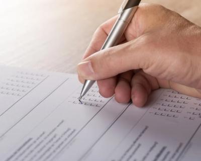 В какие сроки необходимо сдавать отчетность и уплачивать налоги в Севастополе?