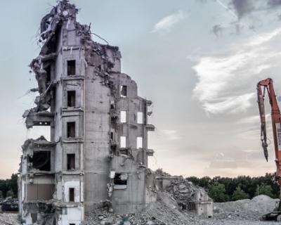 Какие самовольные постройки снесут в Севастополе