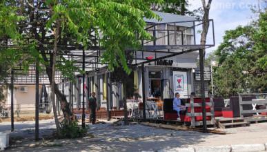 Как выглядят 1 июня самые топовые летние площадки кафе в центре Севастополя