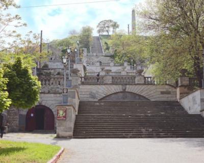 Работы по реконструкции Митридатской лестницы в Керчи ведутся  с опережением графика