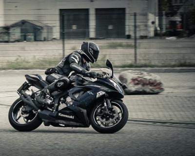 Пьяный мотоциклист гонял по Ялте