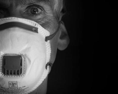 За сутки в России выявили 8 985 случаев заражения коронавирусом