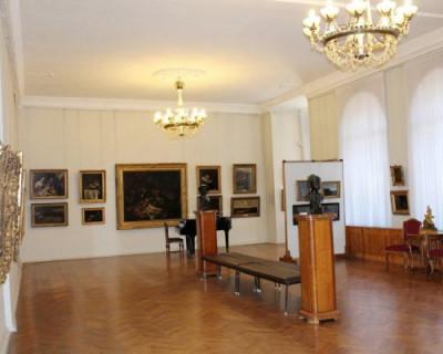 Миллионные нарушения выявлены при реставрации Севастопольского художественного музея имени М. П. Крошицкого