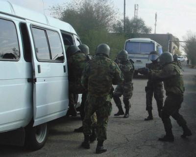 Подозреваемых в подготовке теракта в Симферополе отправили в СИЗО