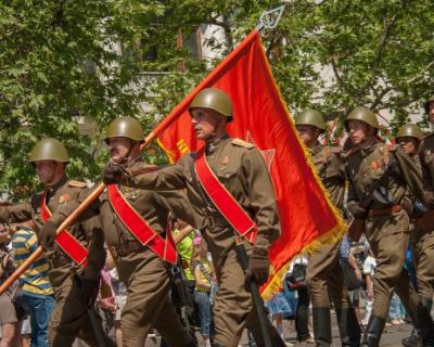 В Симферополе все-таки проведут парад Победы