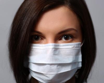 Россияне будут носить маски до начала зимы