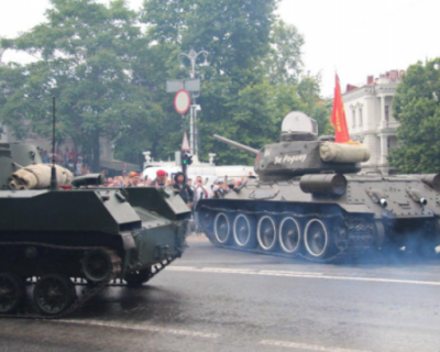 О ситуации с танком на Параде Победы в Севастополе
