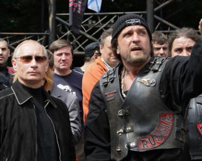 Хирург и русские мотоциклы выехали на избирательные участки, чтобы сказать «ДА» поправкам в Конституцию (ВИДЕО)