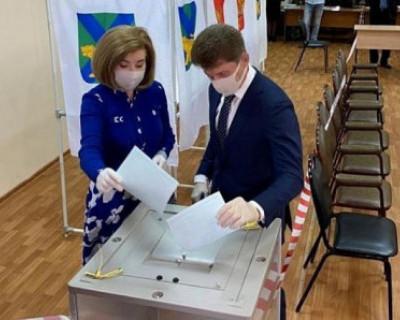 Первые данные голосования по поправкам в Конституцию РФ