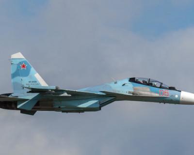 Российский истребитель перехватил два самолета США у берегов Крыма (ВИДЕО)