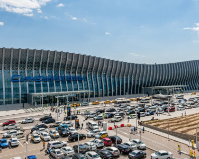 Авилайнер совершил аварийную посадку в аэропорту Симферополя