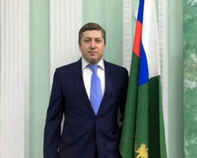 Бывший муж Натальи Поклонской решил «выйти на тропу войны» с севастопольским СМИ и всех насмешил