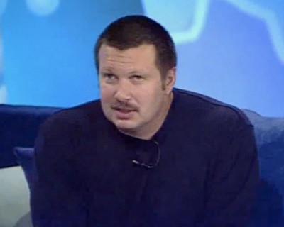 Телеведущий Владимир Соловьев назвал Уткина «жирным свином»