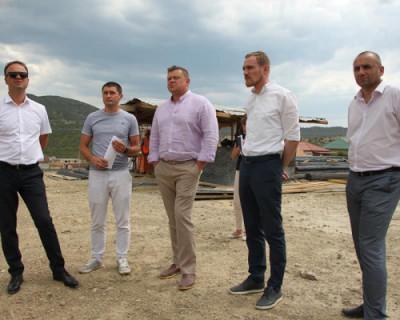 Вице-премьер Крыма Евгений Кабанов посетил строительные площадки на объектах ФЦП