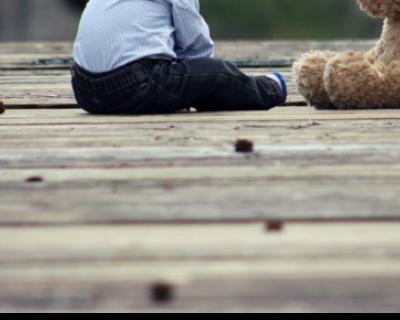 Перед днём рождения двухлетний крымчанин выпал из окна и выжил