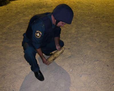 В Севастополе в подъезде многоквартирного дома был найден артиллерийский снаряд