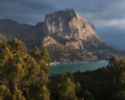 В горах Крыма заблудились туристы