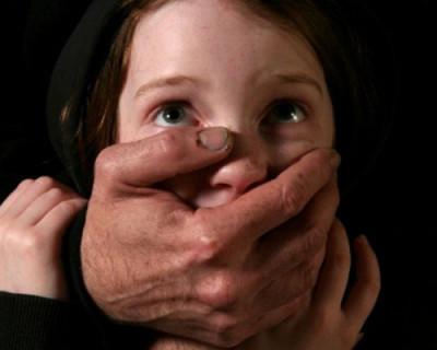 В Крыму отчим и пасынок несколько лет насиловали девочку