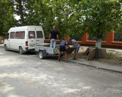 В Крыму злоумышленники украли тротуар