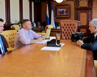 Вице-премьер Евгений Кабанов предложил заменить руководителей Службы госстройнадзора, глава Крыма согласился