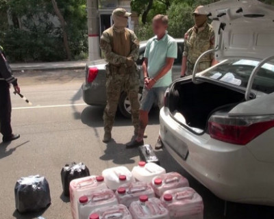 В Севастополе задержали торговцев контрафактным алкоголем