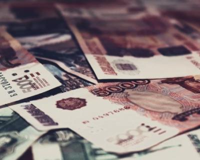 Вкладчики забирают свои деньги из банков