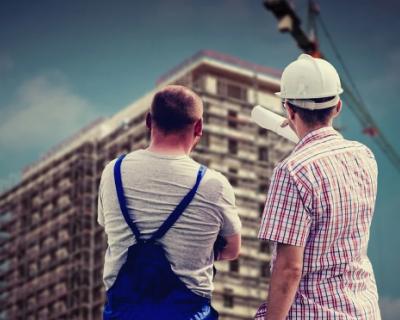 «ИНФОРМЕР» поздравляет созидателей с Днём строителя!