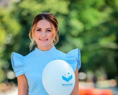 Людмила Мендрух: «На крепких плечах строителей держится благополучие всей страны»
