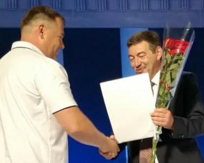 Александр Лившиц: «Всех строителей Севастополя с профессиональным праздником!»