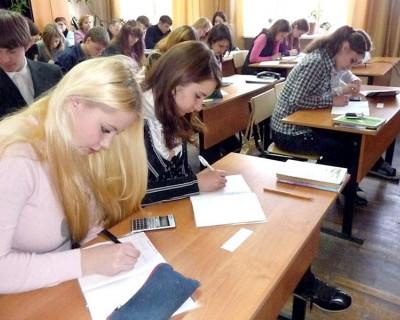 По инициативе Сергея Аксенова и в 2016 году крымских абитуриентов освободят от сдачи ЕГЭ при поступлении в вузы республики