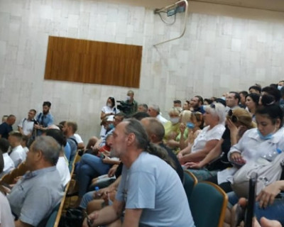 Общественные слушания в Евпатории закончились скандалом