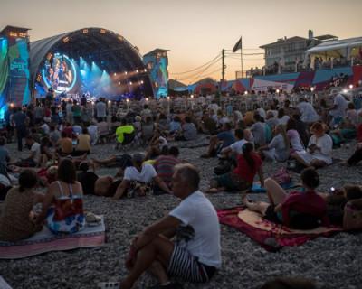 Глава Крыма разрешил провести на полуострове три фестиваля