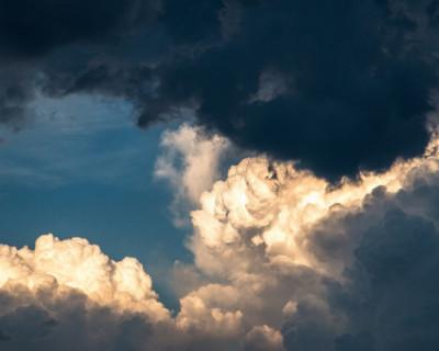 В Крыму объявлено штормовое предупреждение на 12-13 августа