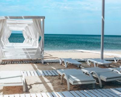 Три пляжа курортного комплекса «Аквамарин» открыты для всех желающих