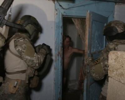 В Крыму ФСБ задержала члена незаконного вооруженного формирования