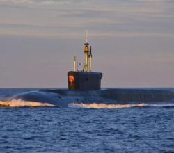 Эстонские туристы встретились в море с российской подлодкой