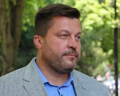 Вадиму Кирпичникову пишут недовольные потребители и ждут ответа