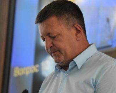 Версия депутата Заксобрания Севастополя Камзолова о скандале с помощницей