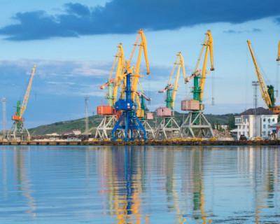 В развитие порта Феодосии вложат 400 млн рублей