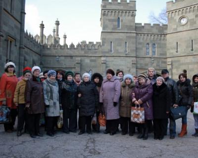 Женщины Севастополя получили в подарок дворец! (фото)