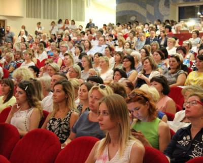Программа «Земский учитель» будет реализовываться в Севастополе