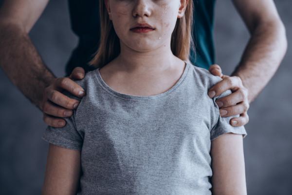 Крымчанина обвиняют в изнасиловании собственной дочери