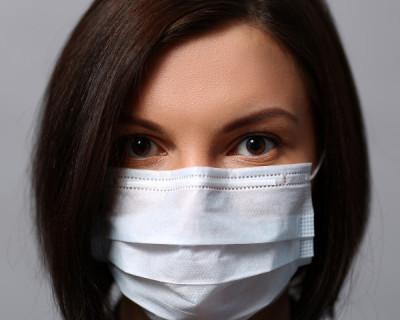 Жителей и гостей Севастополя призвали носить маски