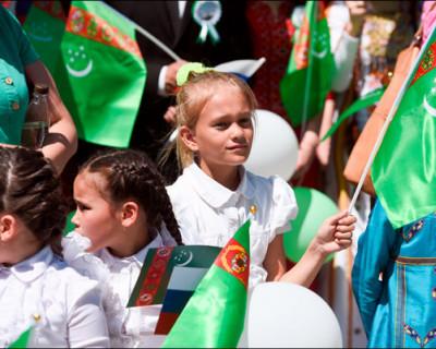 В Туркмении запретили разговаривать на русском языке