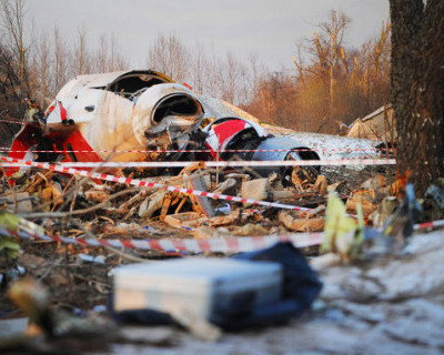 Власти Польши решили снова заняться расследованием авиакатастрофы под Смоленском