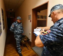 В Томске задержали физика, которого обвиняют в передаче секретных технологий