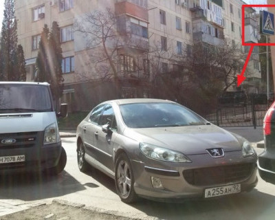 """В Севастополе появились """"зебры-невидимки"""""""