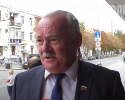 Евгений Дубовик поздравил Михаила Развожаева со вступлением в должность губернатора Севастополя