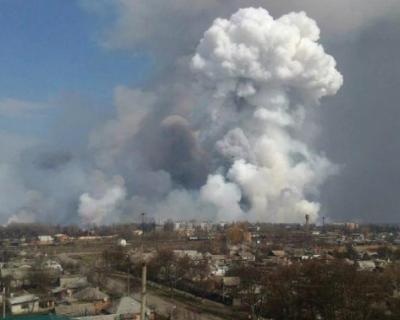 В Рязанской области загорелся военный арсенал (ВИДЕО)