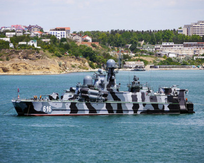 Ракетный корабль ЧФ РФ провел стрельбы в Черном море